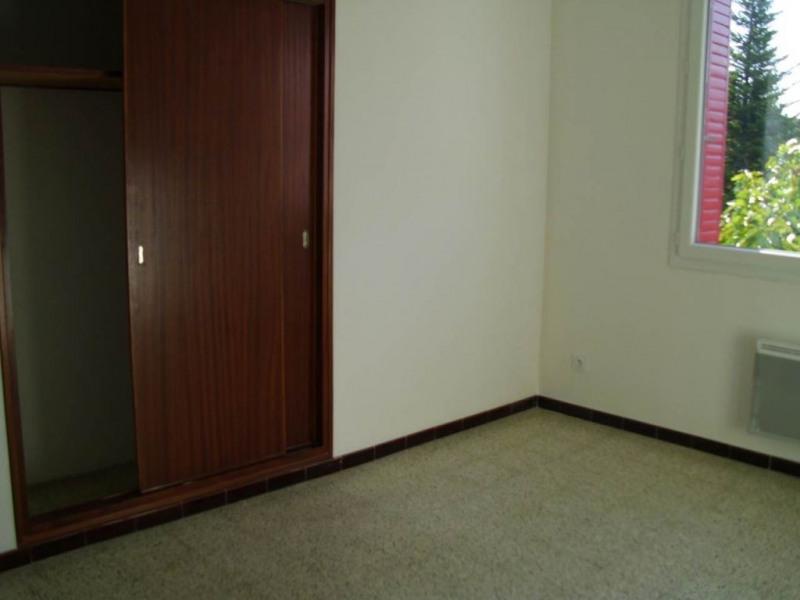 Rental apartment Entraigues sur la sorgue 780€ CC - Picture 8