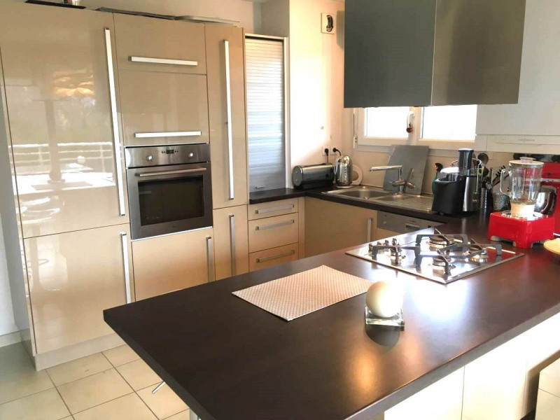 Alquiler  apartamento Saint-pierre-en-faucigny 750€ CC - Fotografía 2