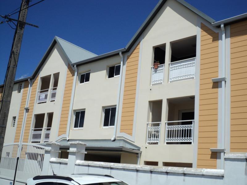 Sale apartment St denis 160000€ - Picture 1