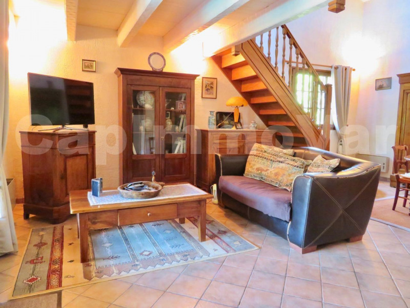 Sale house / villa Sanary-sur-mer 550 000€ - Picture 6