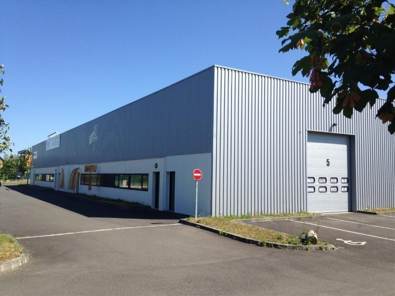 Location Local d'activités / Entrepôt Noyal-Châtillon-sur-Seiche 0