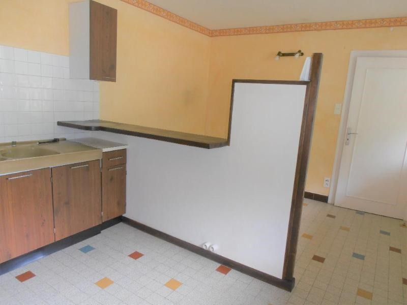 Location appartement Nantua 435€ CC - Photo 3
