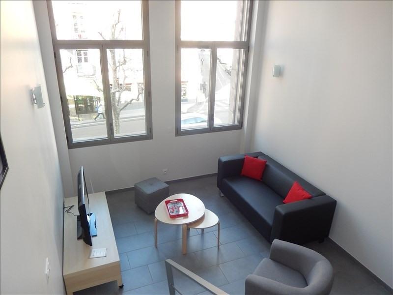 Location appartement Le puy en velay 321,75€ CC - Photo 2