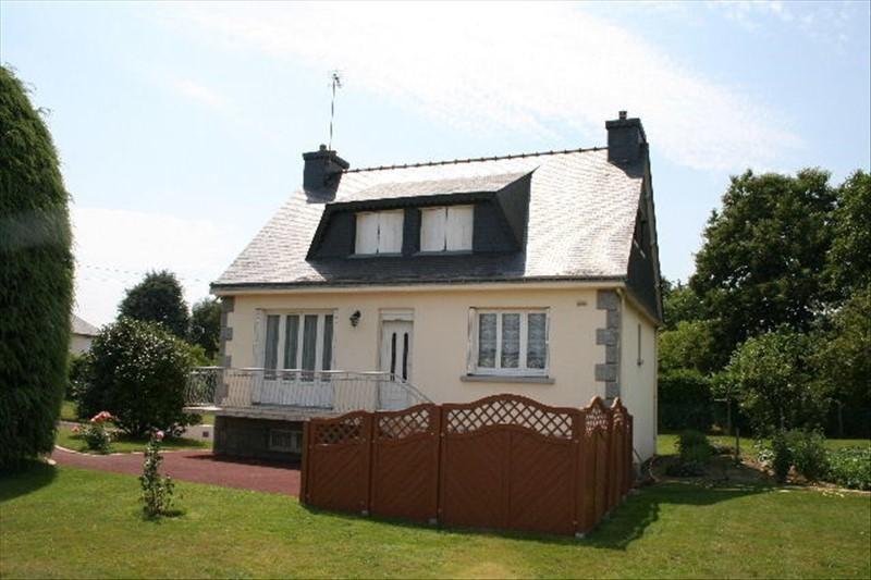 Sale house / villa Josselin 148500€ - Picture 1