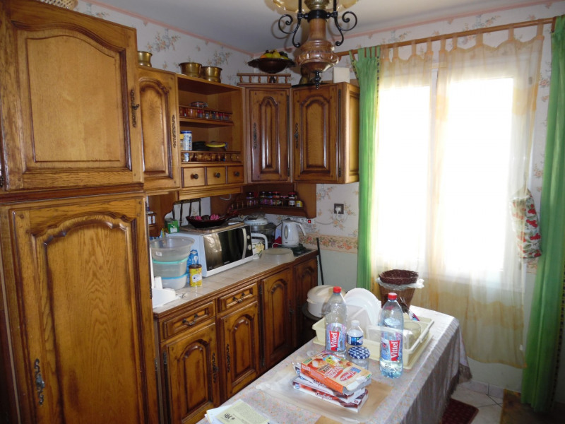 Sale house / villa Poissy 310000€ - Picture 3