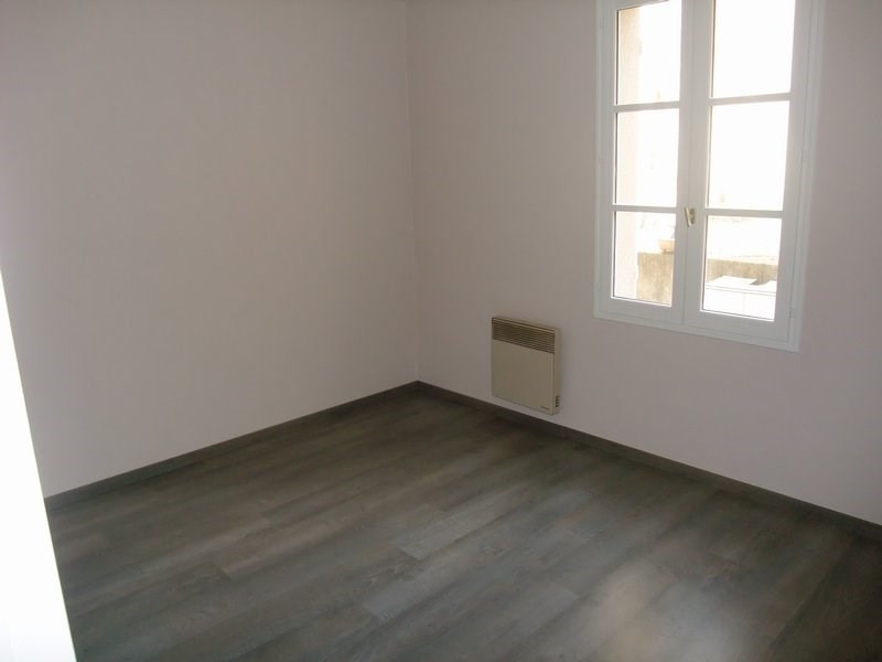 Location appartement Coutances 427€ CC - Photo 3