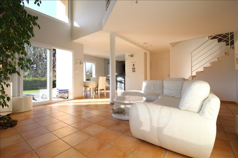 Sale house / villa La buisse 469 000€ - Picture 2