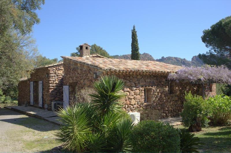 Престижная продажа дом Roquebrune sur argens 880000€ - Фото 4