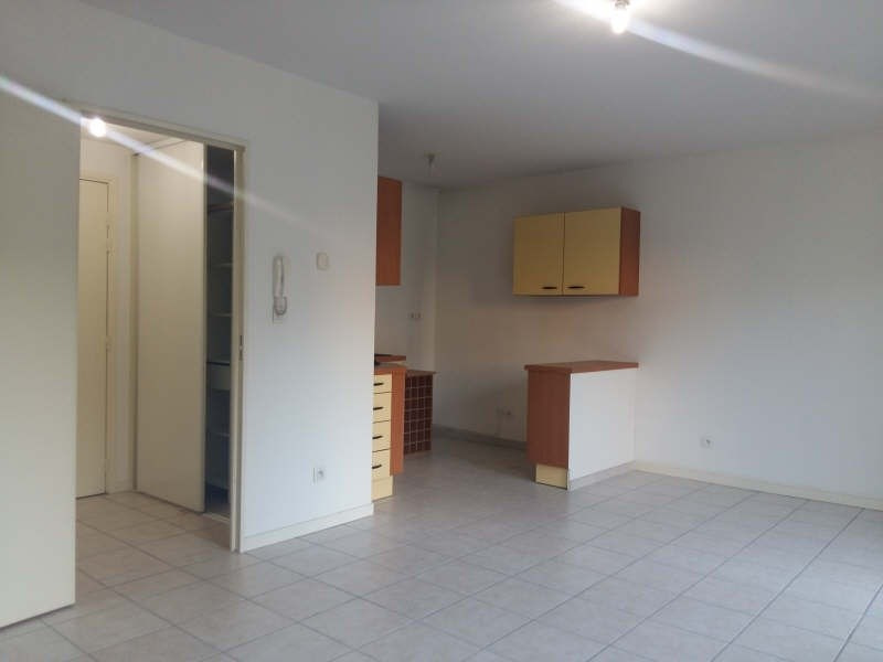 Location appartement St fons 590€cc - Photo 2