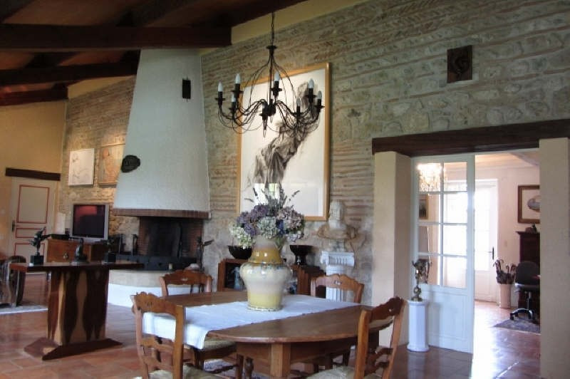 Deluxe sale house / villa Prayssas 384300€ - Picture 2