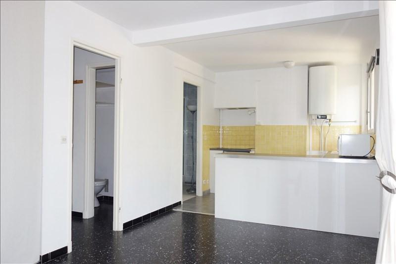 Locação apartamento Toulon 488€ CC - Fotografia 3