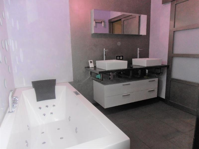 Sale house / villa Vieu d'izenave 298000€ - Picture 5