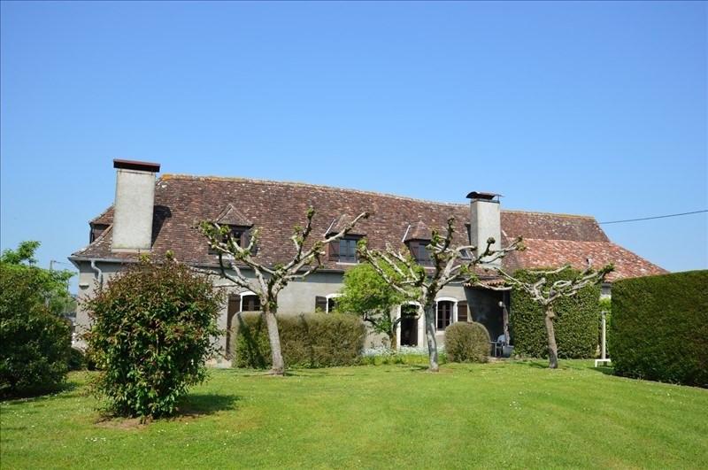 Vente maison / villa Sauveterre de bearn 270000€ - Photo 1