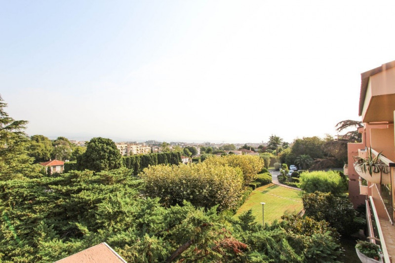 Deluxe sale apartment Antibes 898 000€ - Picture 7