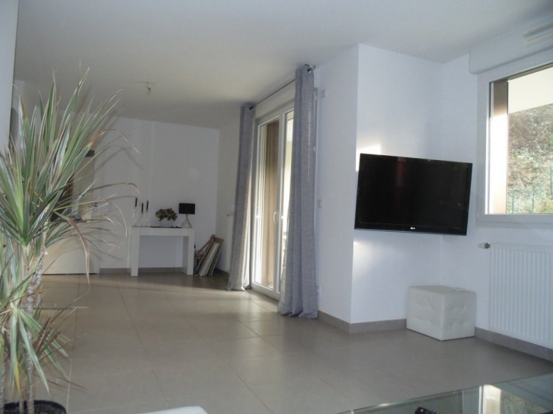 Sale apartment Poisat 309 000€ - Picture 2