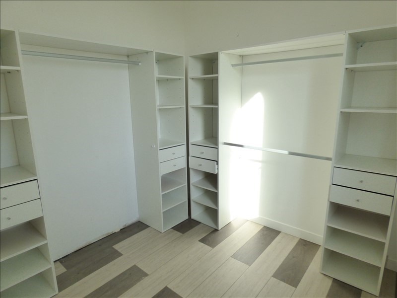 Location maison / villa St loubes 1 150€ CC - Photo 6