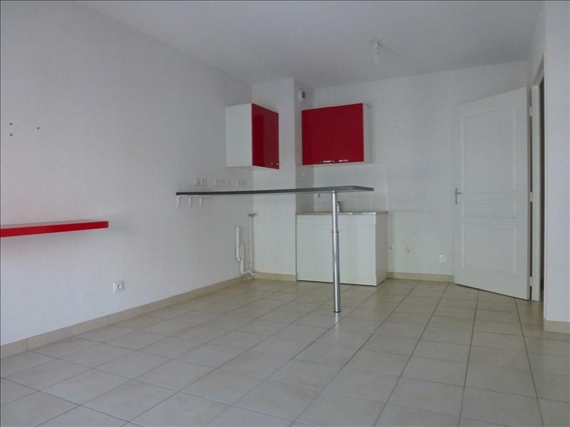 Location appartement Toulon 590€ CC - Photo 2