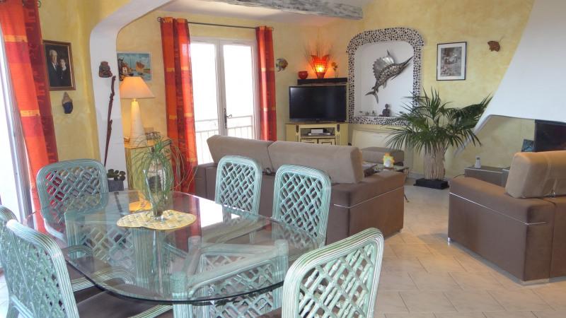 Sale house / villa Cavalaire 997000€ - Picture 3