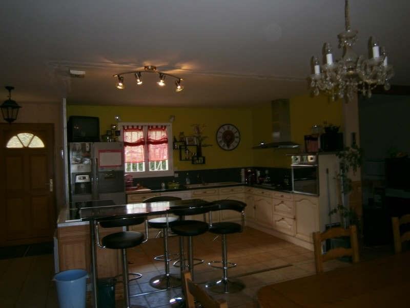 Sale house / villa Reignac 182000€ - Picture 2