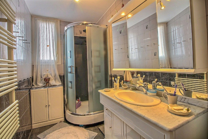 Vente appartement Nimes 127700€ - Photo 7