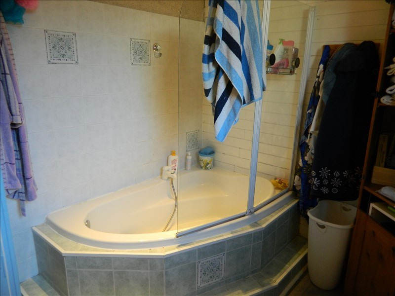 Sale apartment Roanne 109900€ - Picture 4