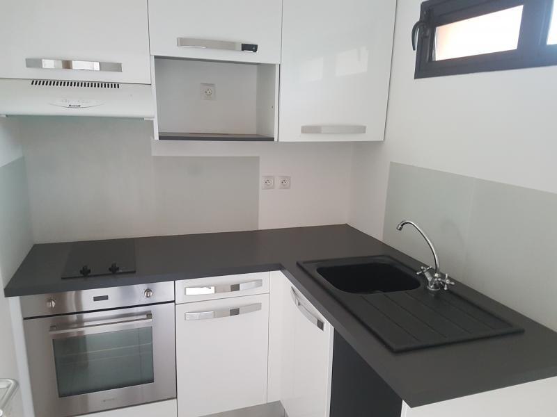 Sale apartment St paul 148000€ - Picture 2