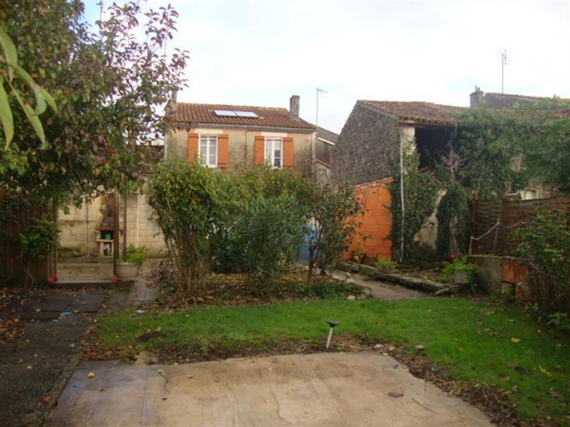 Sale house / villa Tonnay-boutonne 143700€ - Picture 7