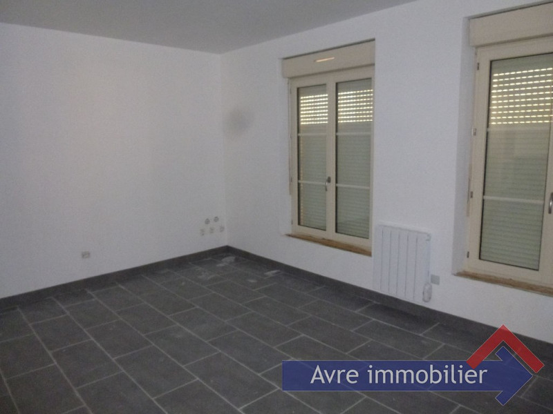Location maison / villa Verneuil sur avre 615€ CC - Photo 3