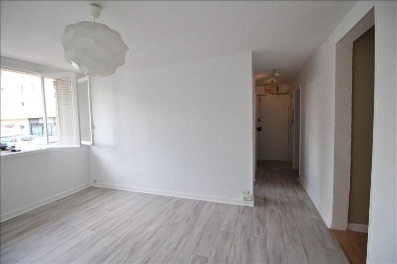 Rental apartment Le pecq 1050€ CC - Picture 2