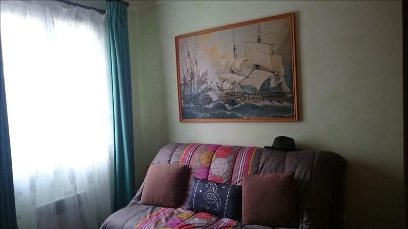 Sale house / villa Villeneuve l'archev 180000€ - Picture 7