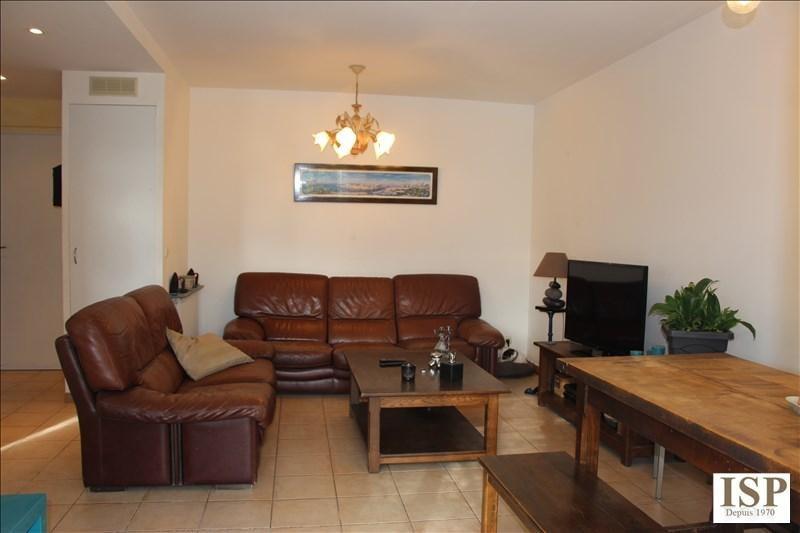 Sale apartment Velaux 267000€ - Picture 4