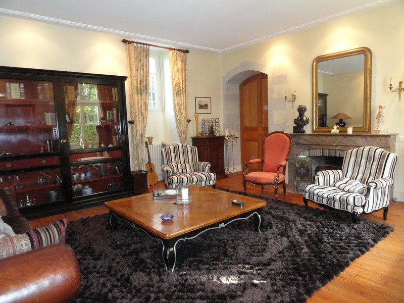 Deluxe sale private mansion Angers 20 mn. 600 000€ - Picture 4