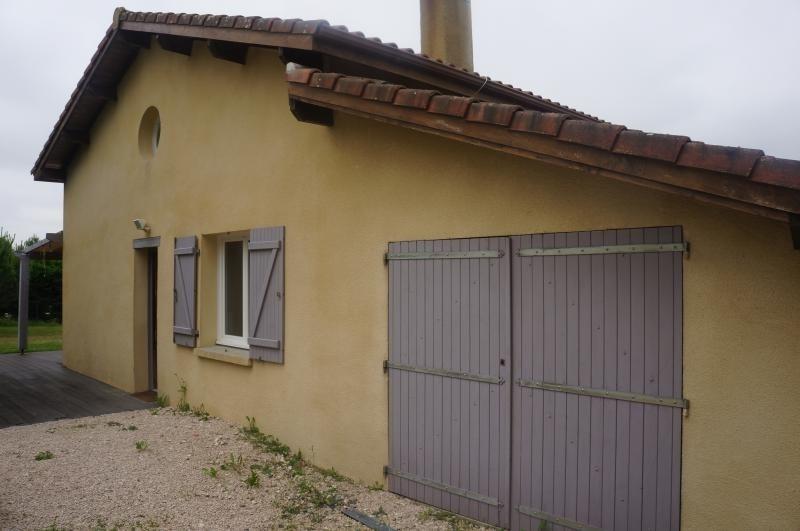 Sale house / villa L isle jourdain 320000€ - Picture 2