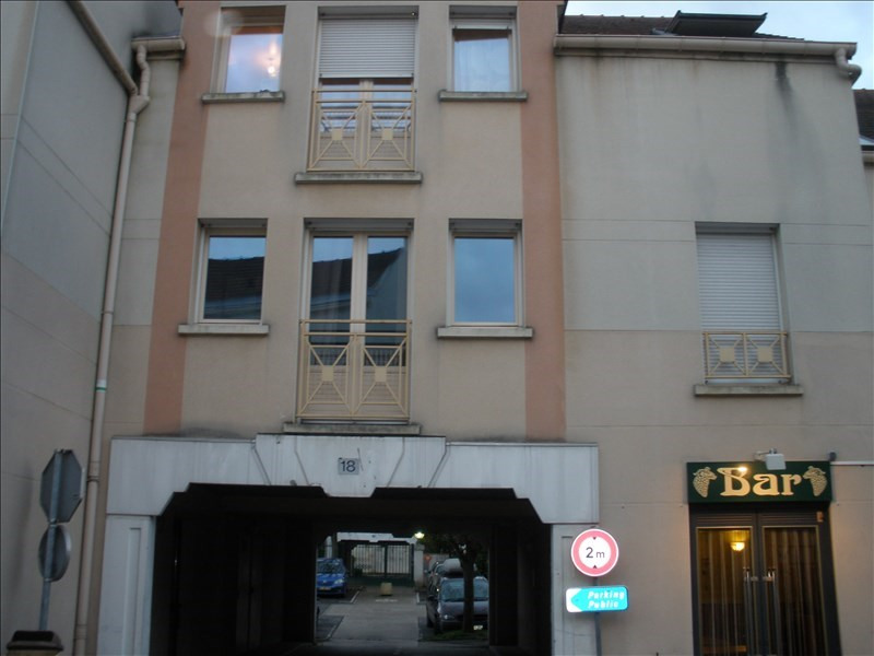 Location appartement Maurecourt 729€ CC - Photo 1