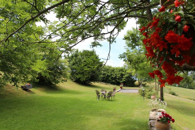 Sale house / villa St hostien 544000€ - Picture 2