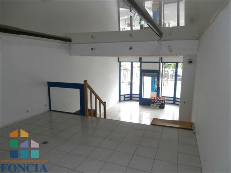 Location Local commercial Mont-de-Marsan 0