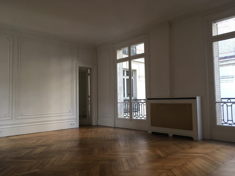 Rental apartment Paris 17ème 3158€ CC - Picture 4