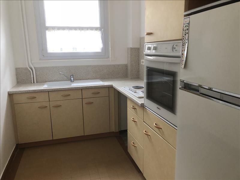 Sale apartment Orleans 169300€ - Picture 2