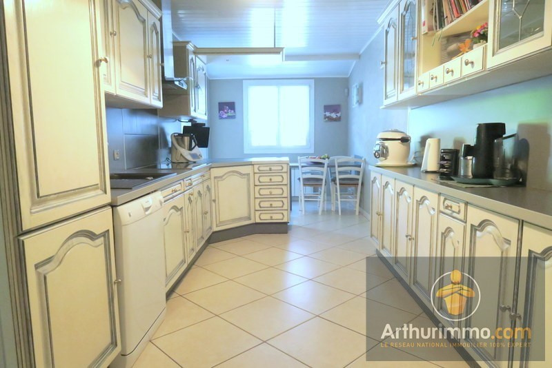 Vente maison / villa Savigny le temple 284 900€ - Photo 4