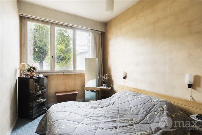 Sale apartment Courbevoie 300000€ - Picture 2