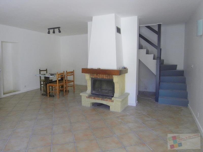 Location maison / villa Champmillon 650€ CC - Photo 2