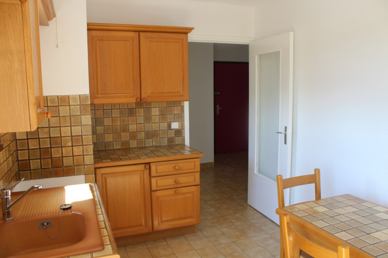 Location appartement Bourgoin jallieu 670€ CC - Photo 6
