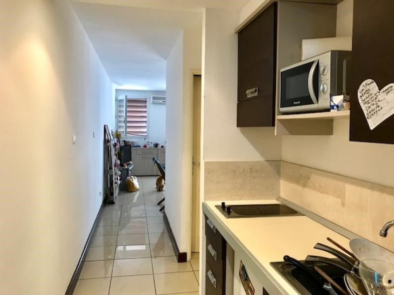 Sale apartment St gilles les bains 179000€ - Picture 3