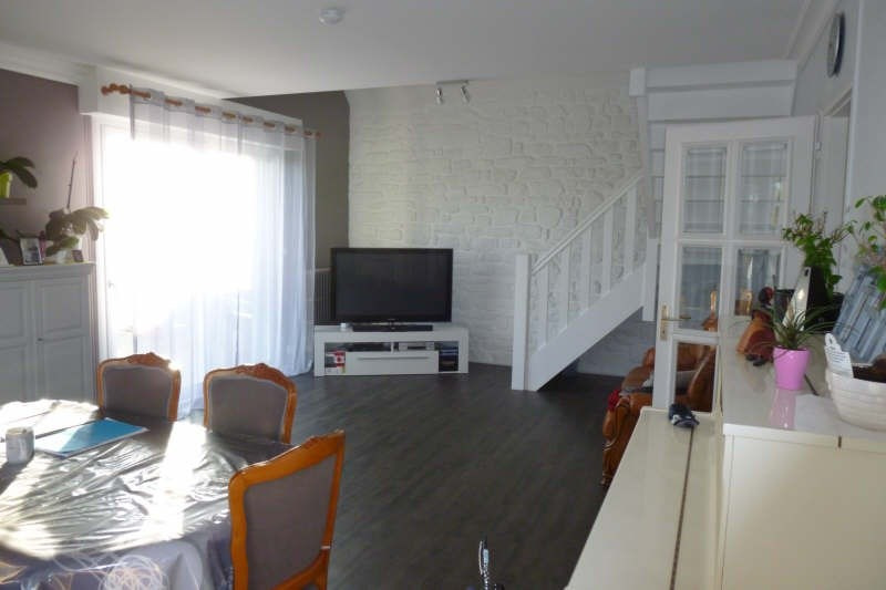 Sale house / villa Locoal mendon 283 750€ - Picture 4