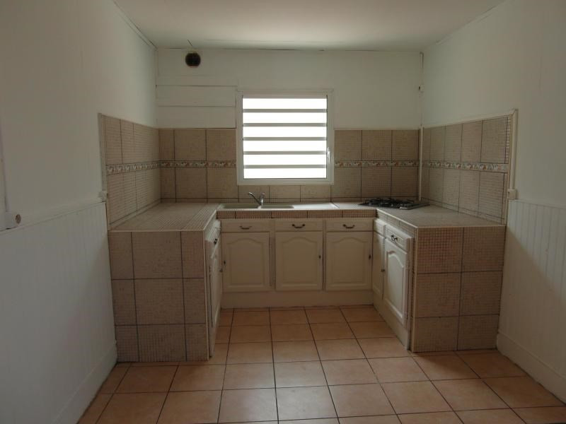 Sale house / villa St denis 190000€ - Picture 6