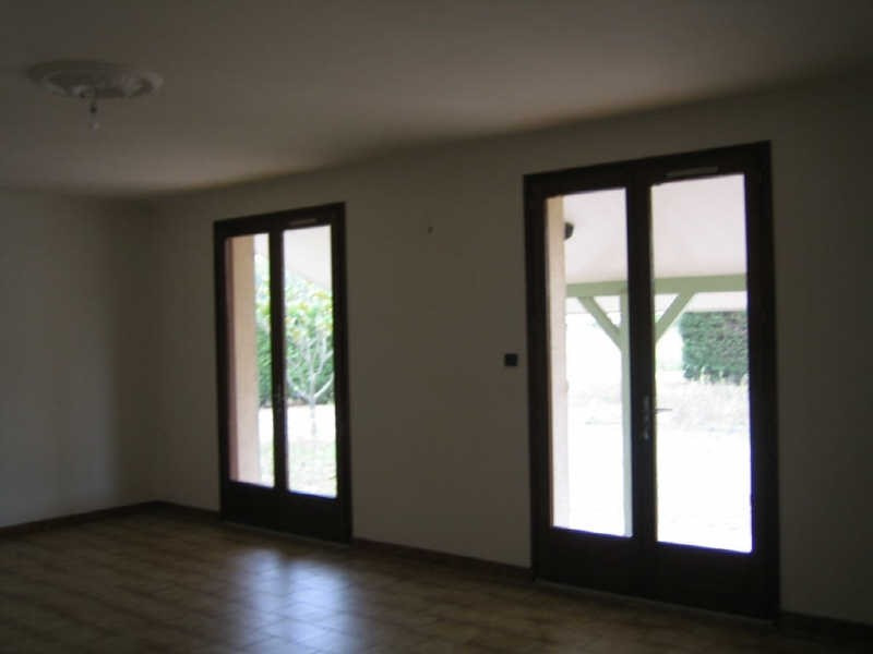 Location maison / villa St jory 853€ CC - Photo 3