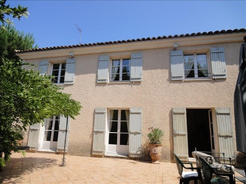 Deluxe sale house / villa Aix en provence 1300000€ - Picture 1