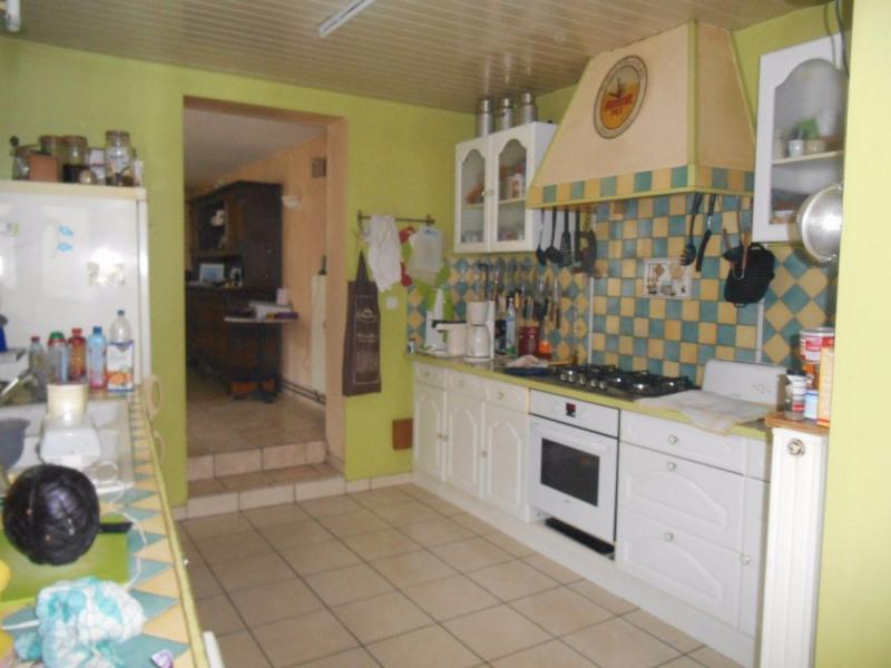 Sale house / villa Marseille en beauvaisis 142000€ - Picture 3