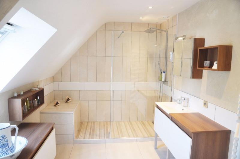 Deluxe sale house / villa Saint berthevin 582000€ - Picture 17