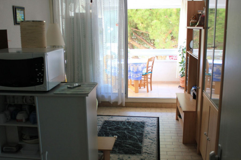 Sale apartment Le grau du roi 138 000€ - Picture 3